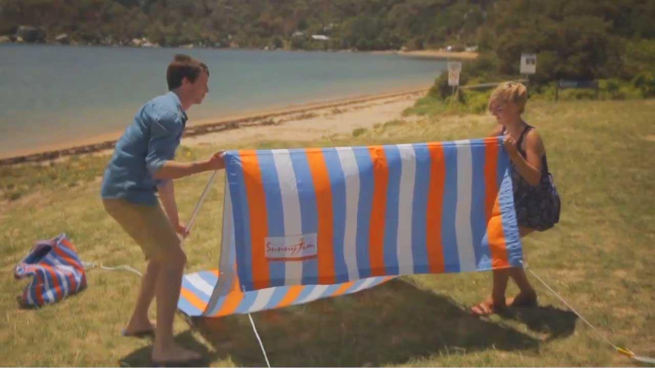 Byron Bay Blue Sunshade Beach Bag - Video