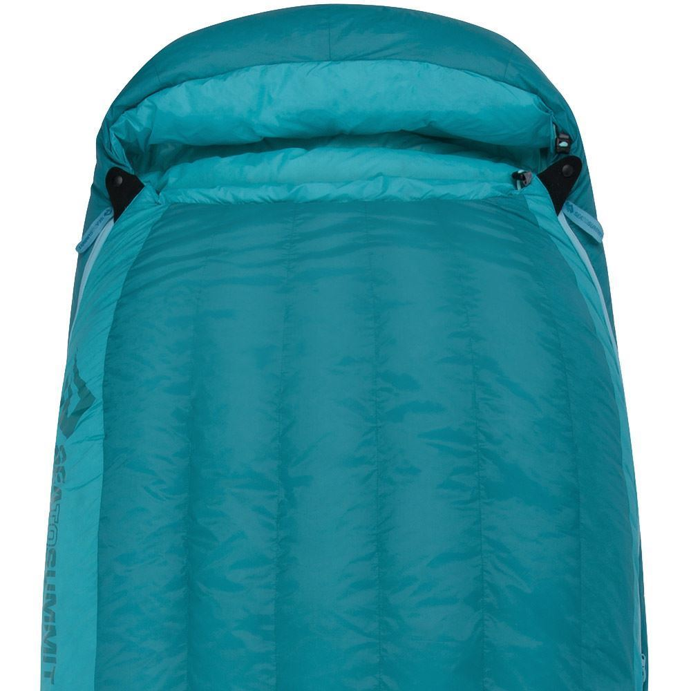 Sea To Summit Altitude At2 Right Zip Wmn's Sleeping Bag (-10°C) Generously sized hood and dual cord adjustment for maximum warmth retention
