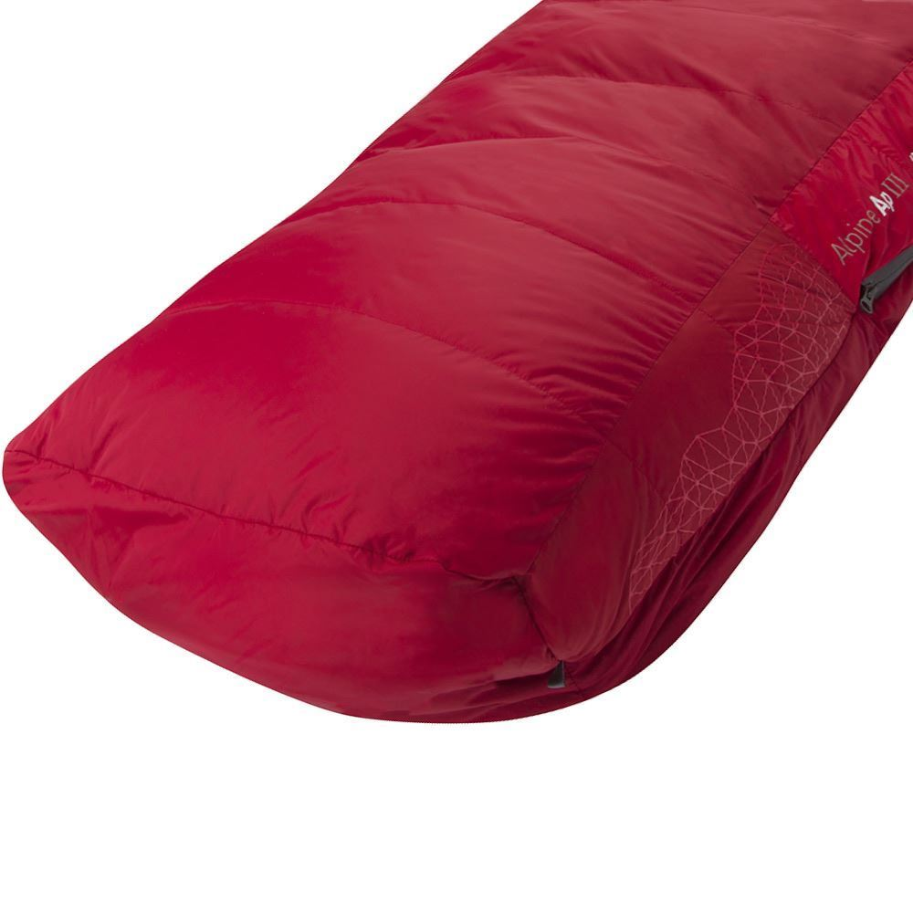 Sea to Summit Alpine ApIII Sleeping Bag Anatomically shaped and oversized footbox can accommodate boots