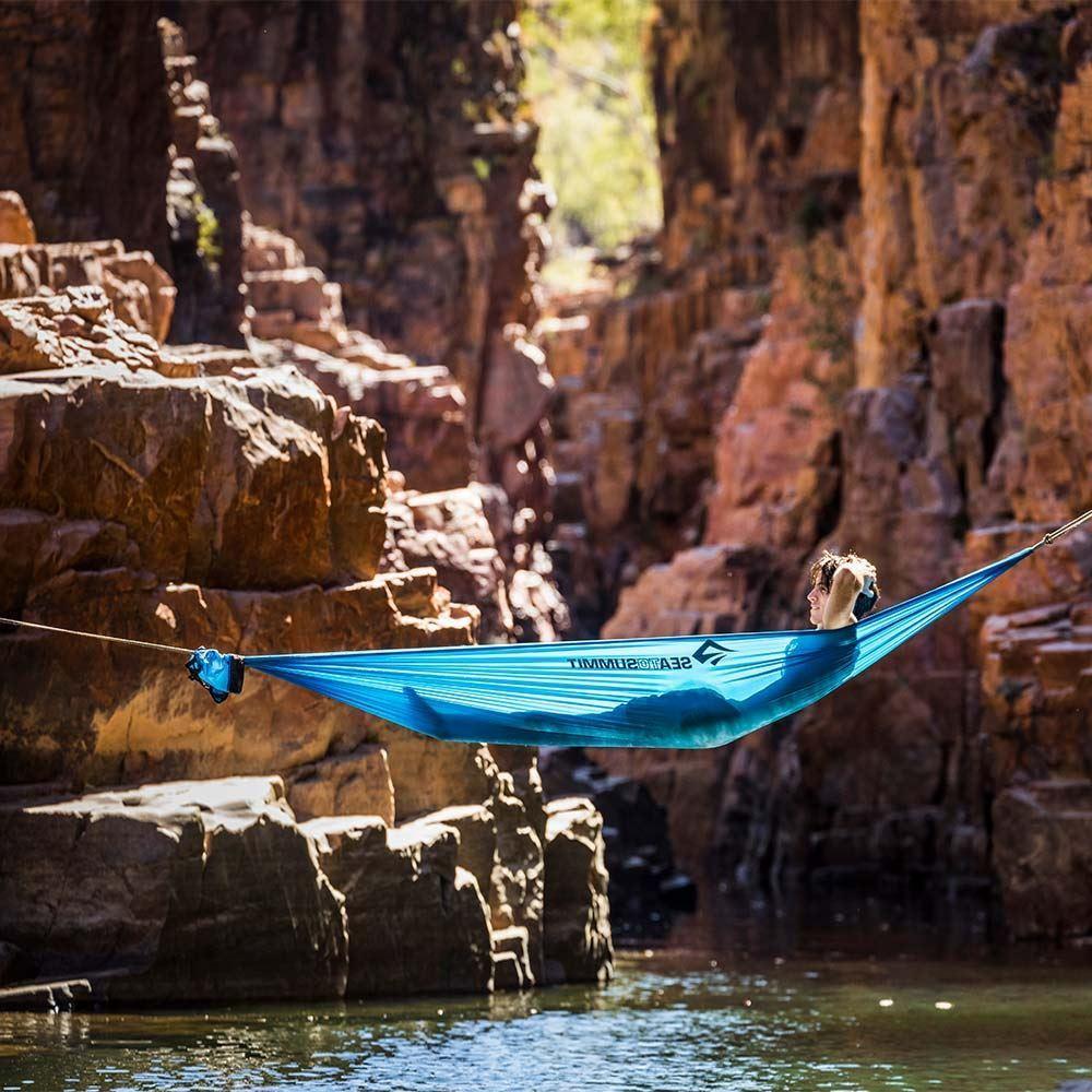 Sea To Summit Pro Hammock Double View - Man lying in hammock over water