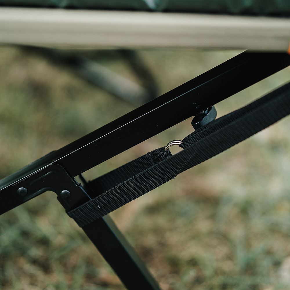 Oztent RS-1S King Single Stretcher anti-sway bars are added to stabilize such a large stretcher.