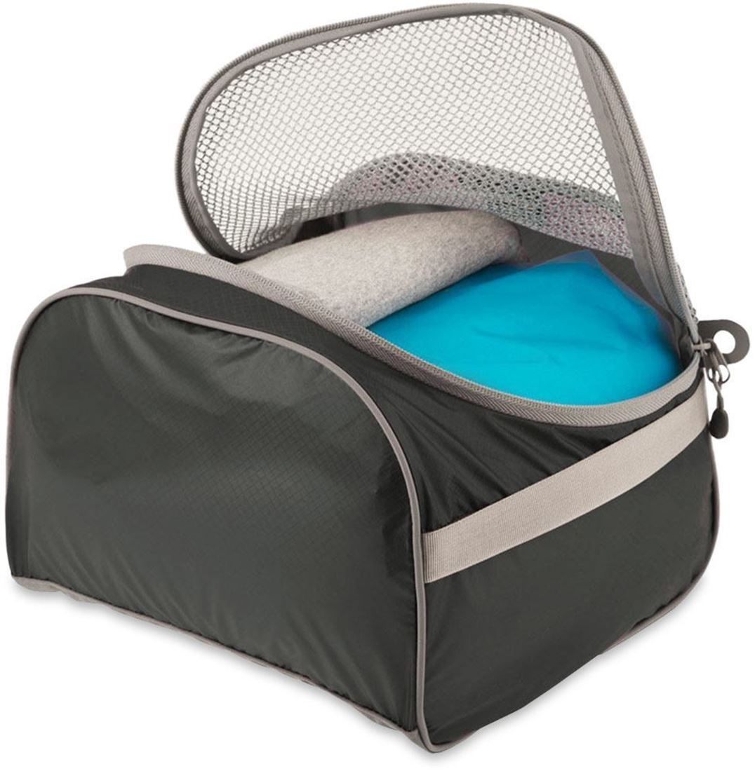 Sea to Summit Packing Cell Medium Black/ Grey - Opening with clothing stored inside