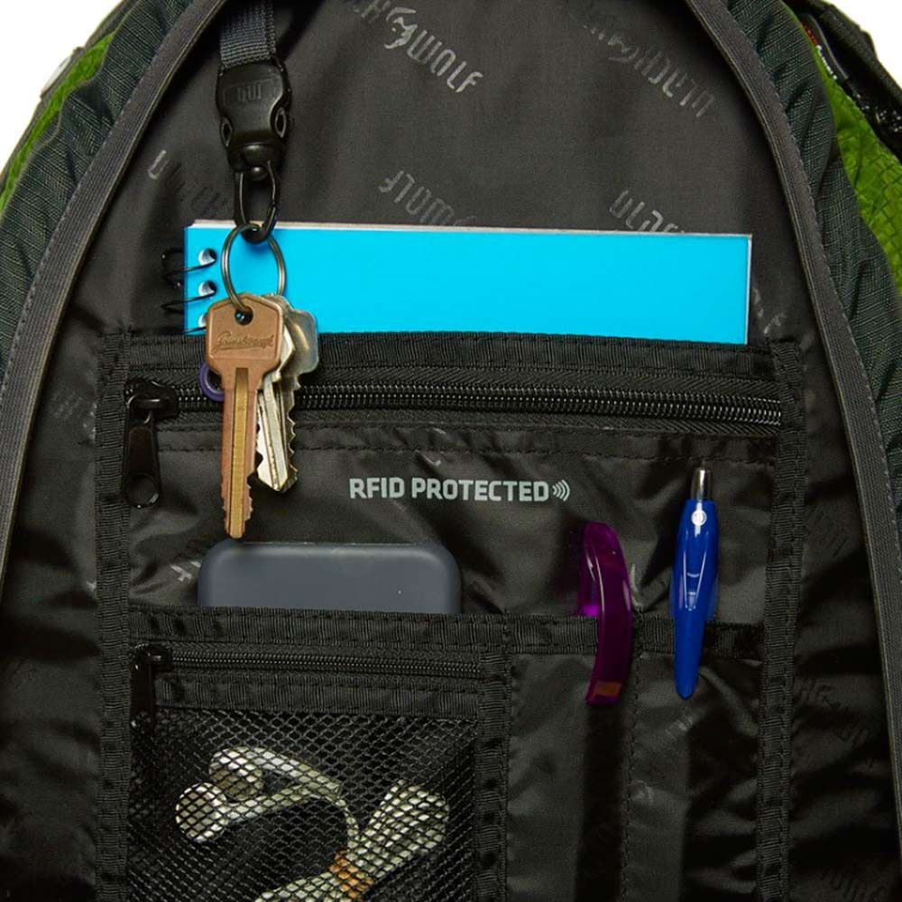 Black Wolf Titanium 35L Day Pack - Internal organisers