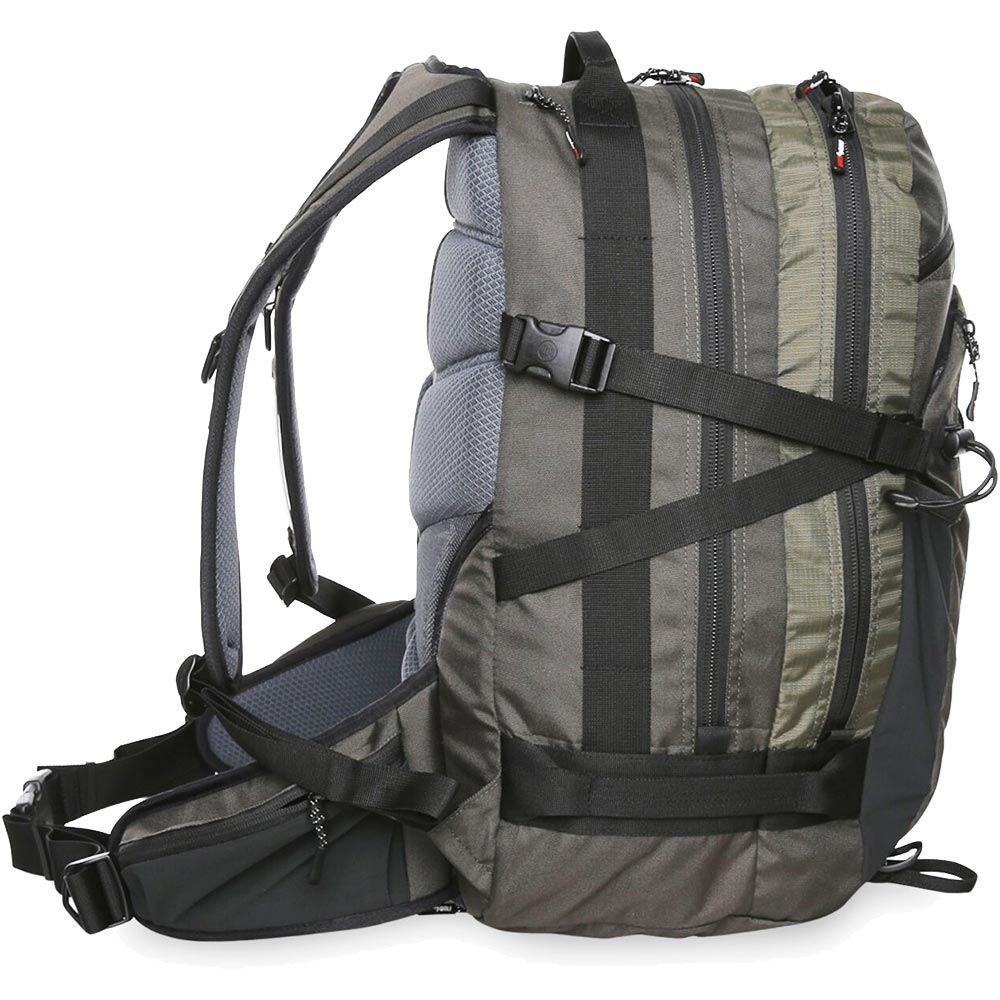 Black Wolf Monashee 40L Day Pack - Right side view