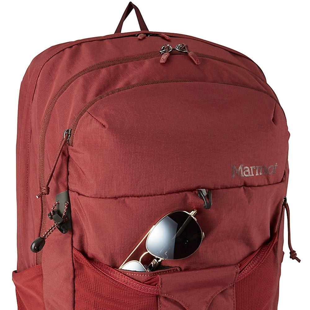 Marmot Tool Box 30 Daypack - Sunglasses resting in front pocket