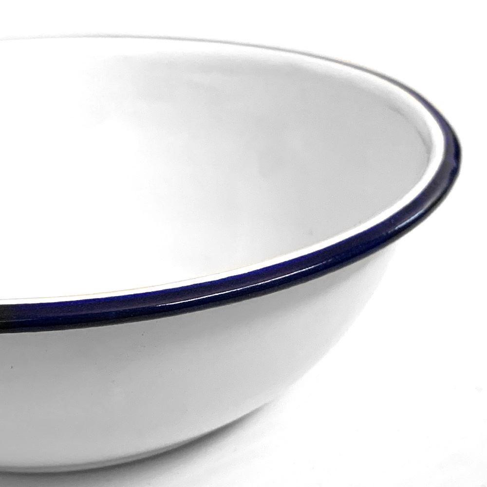 Coleman Enamel Bowl 16cm - Close up of bowl