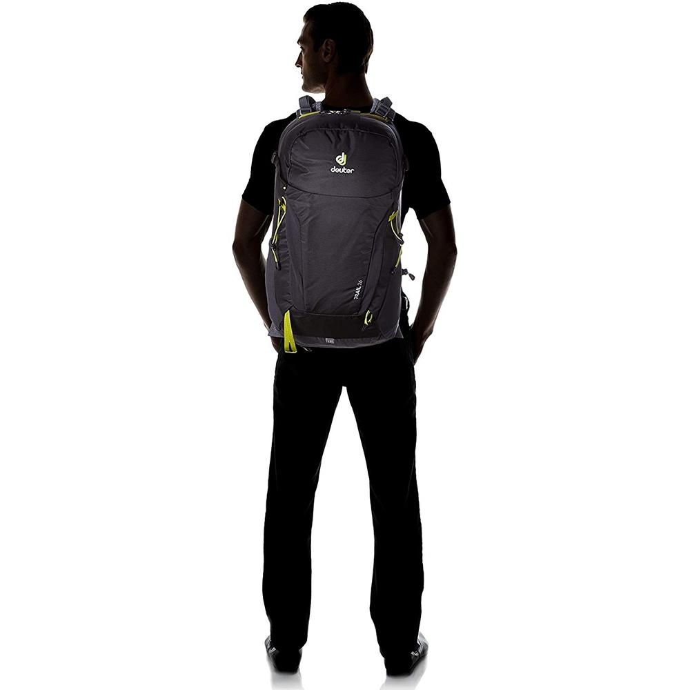 Deuter Trail 26 Backpack Black Graphite -  Man wearing pack