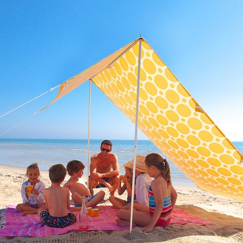 Hollie & Harrie Sombrilla Beach Shade Morning Sunshine - Kids sitting underneath shade