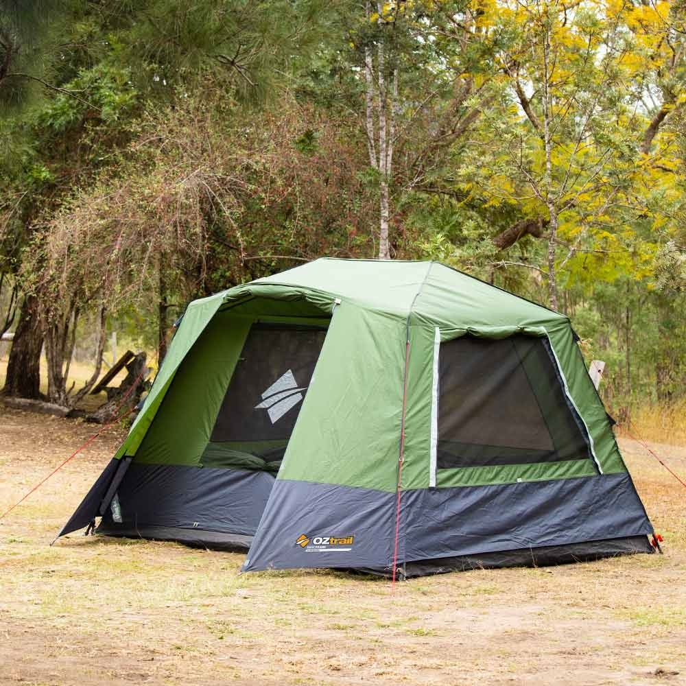 OZtrail Fast Frame 6 Person Tent