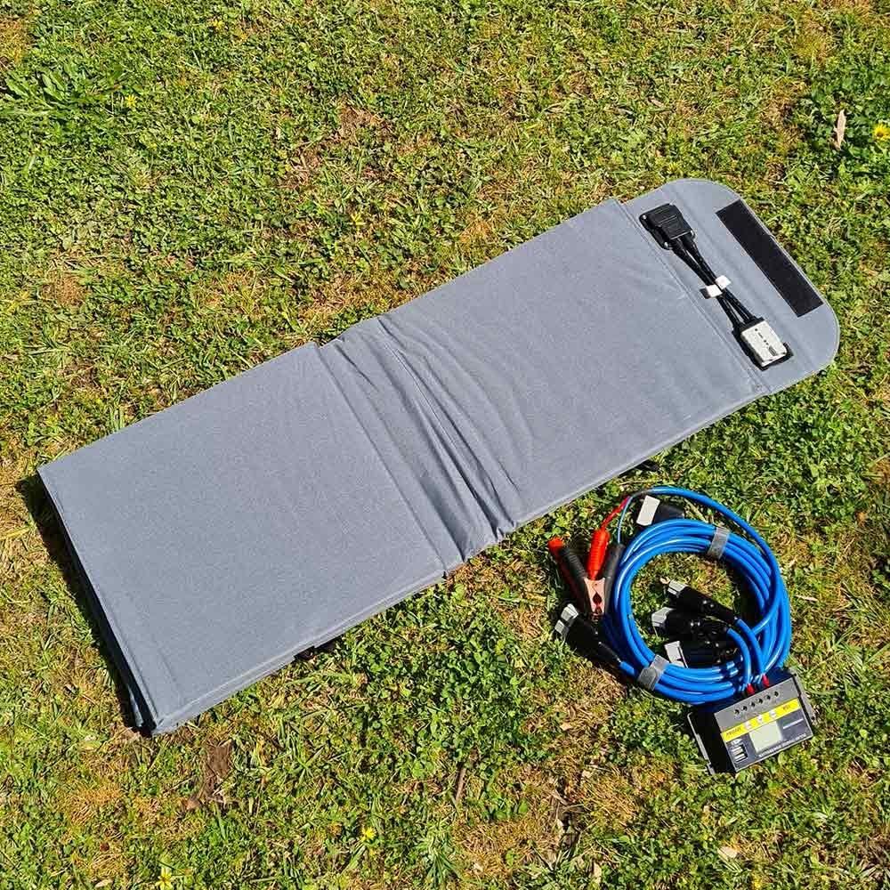Hard Korr Lifestyle 200W Portable Solar Blanket - Fold 1