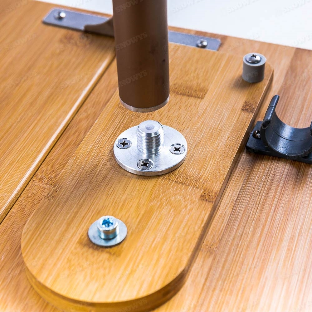Zempire Kitpac Spike Table - Spike screws in in the middle of the table