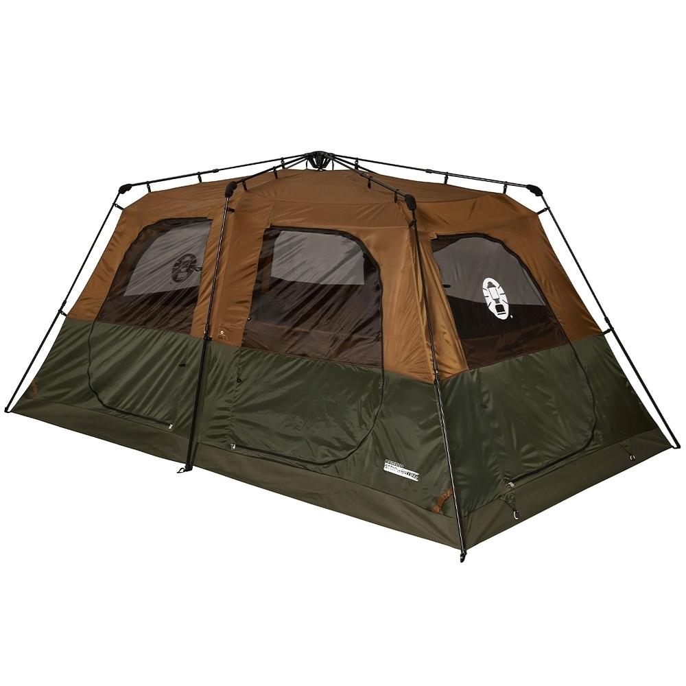 Coleman Instant Up 8P Lighted Northstar Darkroom Tent - 2 bedrooms for versatility