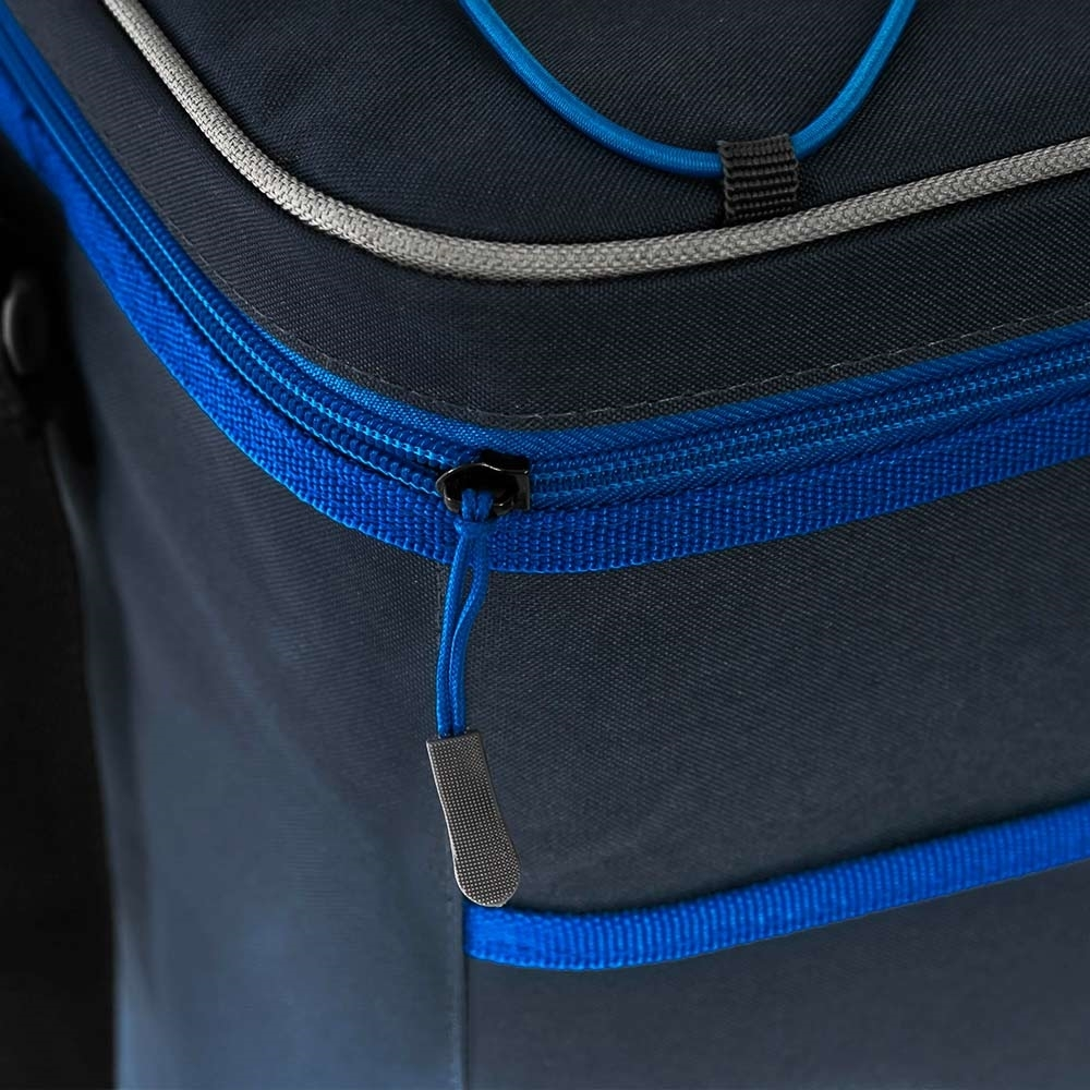 Companion 30 Can Crossover Cooler - Easily accessible zip