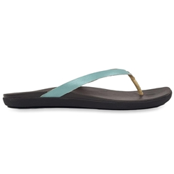 Olukai Ho'opio Leather Wmn's Thong Mineral Blue Dark Java