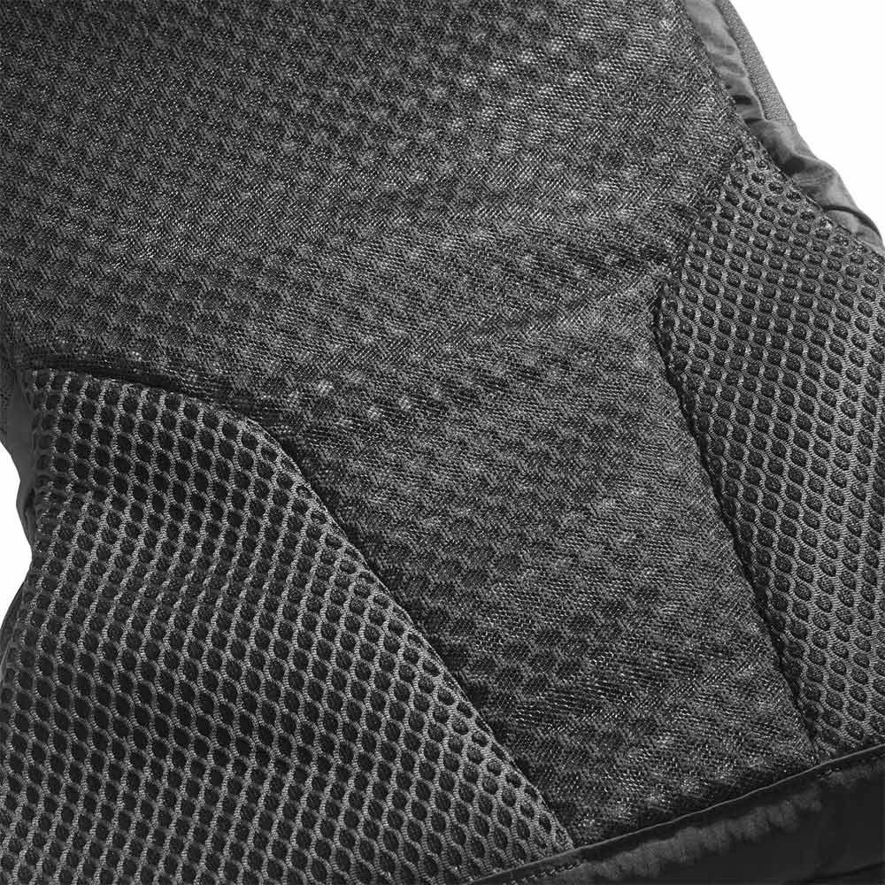 Salomon XT 6 Hydration Pack - Padded back panel