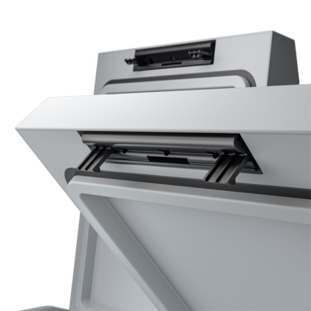 Dometic CFF 70DZ Portable Fridge Freezer + Cover - User-friendly lid hinge design