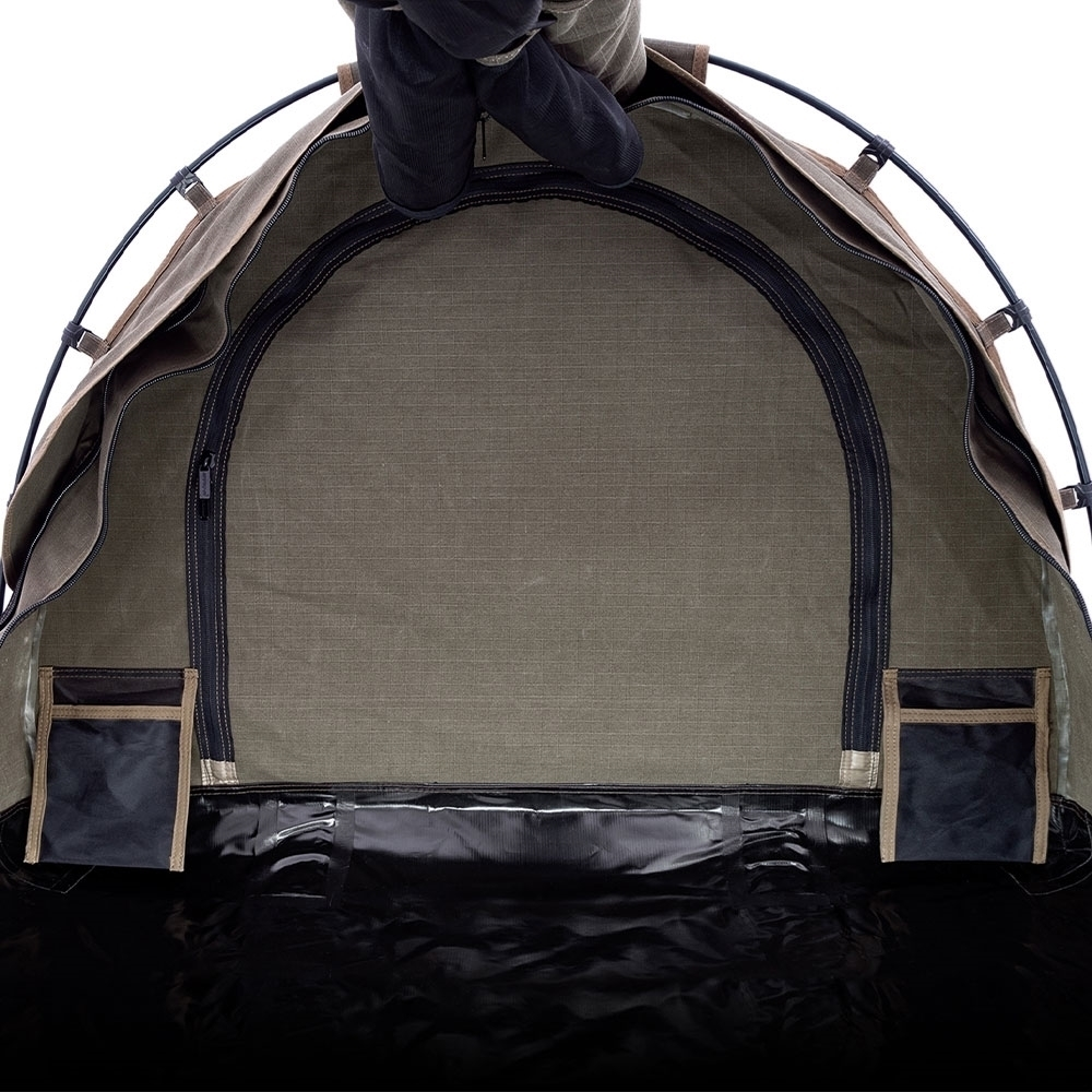 Darche Limited Edition Dusk to Dawn + Swag - Access to the Hutch® compartment to store your gear