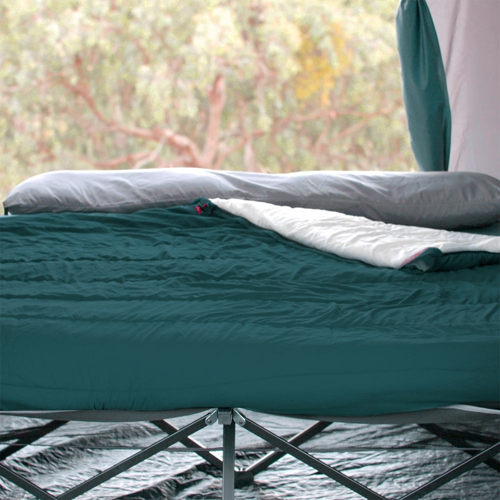 Darche KOZI Series Adult Sleeping Bag -5°C - Zip off the removable hood and convert to a camper style sleeping bag
