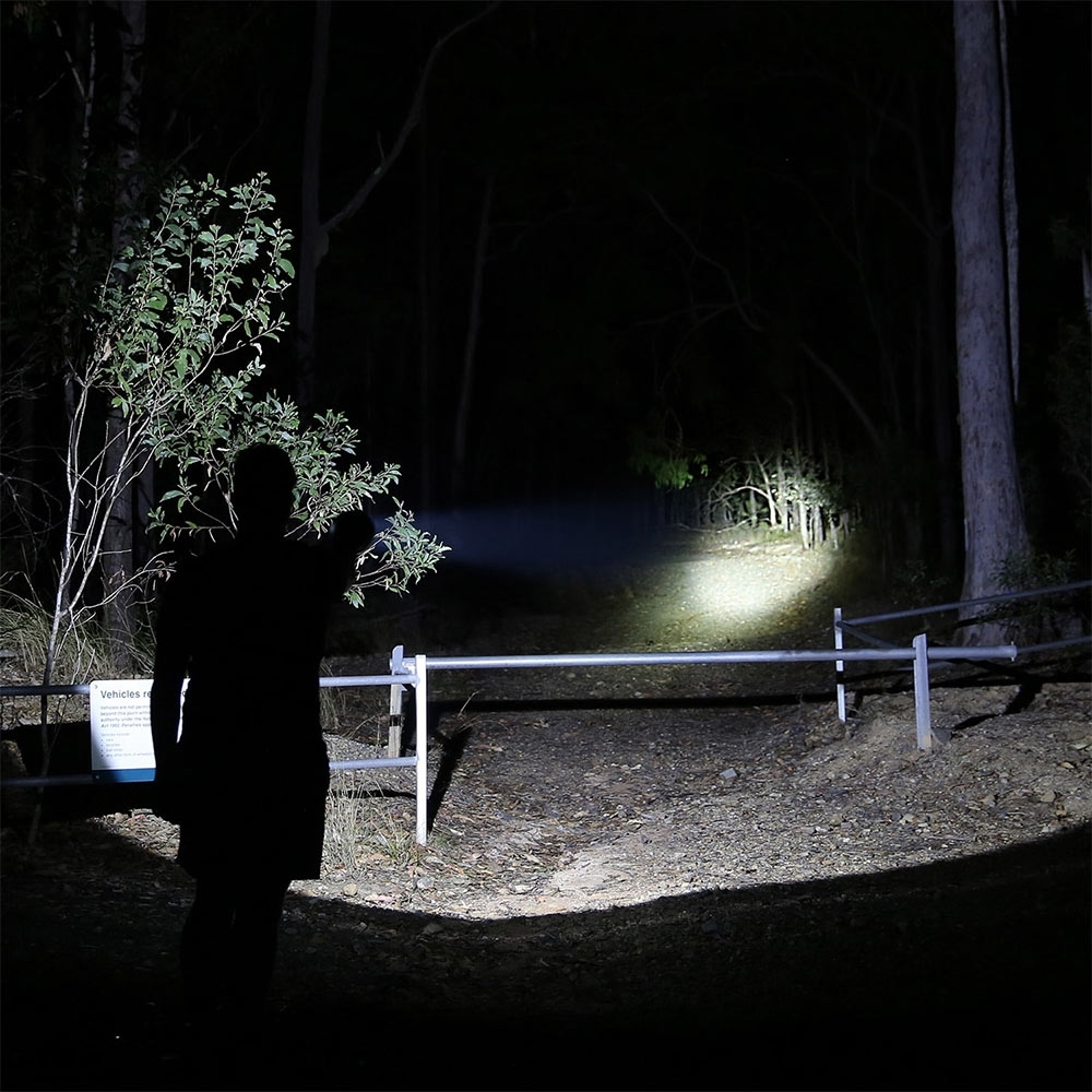 Hard Korr 20W Rechargeable Hand-Held Hunting Spotlight - Specialised hunting beam is intensely focused and extra long