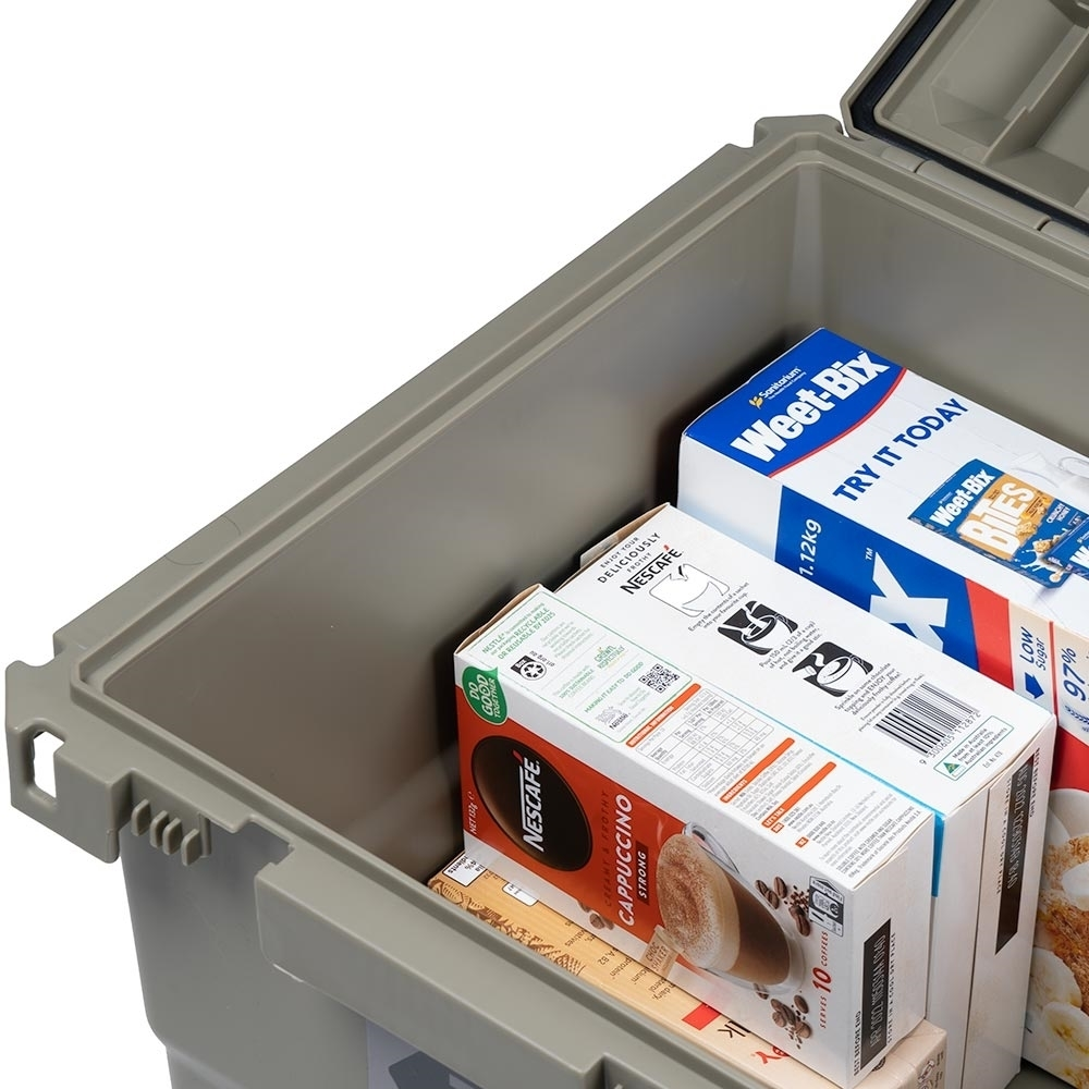 Expedition134 Heavy Duty Plastic Storage Box 55L - Near vertical walls make for easy packing